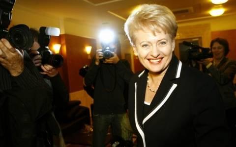 Η πρόεδρος της Λιθουανίας επαναφέρει την υποχρεωτική στράτευση