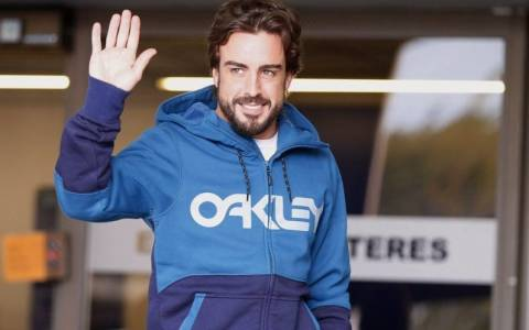 F1 Ο Alonso βγήκε από το νοσοκομείο χάνει όμως τις δοκιμές στη Βαρκελώνη (photos)