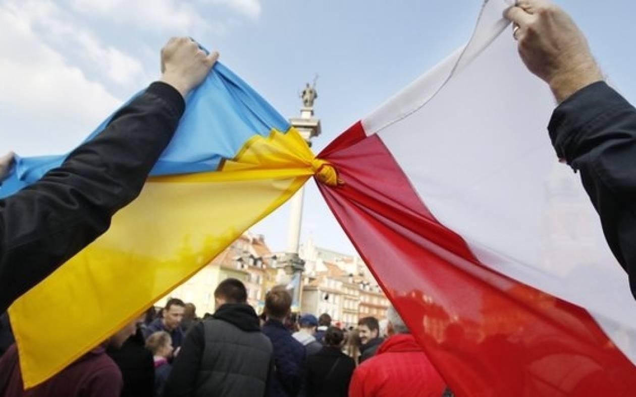 Η Πολωνία θα στείλει στρατιωτικούς εκπαιδευτές στην Ουκρανία