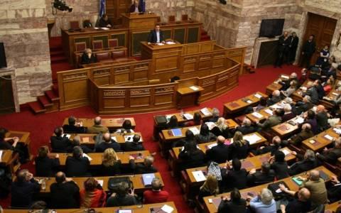 Λεουτσάκος: Εγώ καταψήφισα - Μέτρησα περίπου 30 που έκαναν το ίδιο!