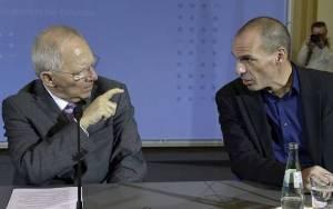 Σόιμπλε: Μιλά για αλληλεγγύη και «καρφώνει» την Ελλάδα