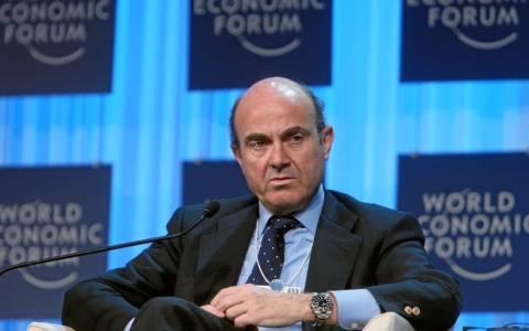 Ισπανός ΥΠΟΙΚ: Διαπραγματευόμαστε ένα τρίτο πρόγραμμα για την Ελλάδα