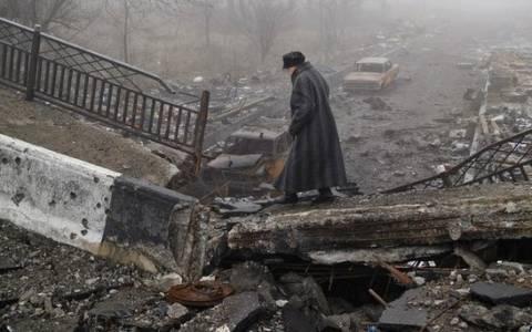 Ουκρανία: Νεκρός Ουκρανός στρατιώτης – Με νέες κυρώσεις απειλούν οι ΗΠΑ