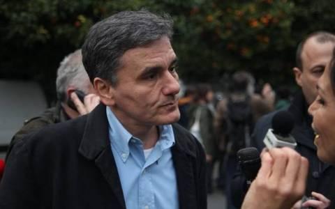 Συνάντηση Τσακαλώτου με τον πρεσβευτή του Αζερμπαϊτζάν