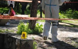 Άγριο έγκλημα στον Χολαργό-Έσφαξαν άνδρα απέναντι από το Δημαρχείο