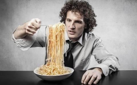 Ραντεβού για δείπνο; Τι δεν πρέπει να φας;