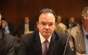Δίκη Παπακωνσταντίνου- Μπάνος: Ο Παπακωνσταντίνου ήθελε να κρατήσει όρθια τη χώρα...