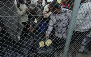 Πανούσης: Αποκύημα αρρωστημένης φαντασίας η απελευθέρωση των μεταναστών