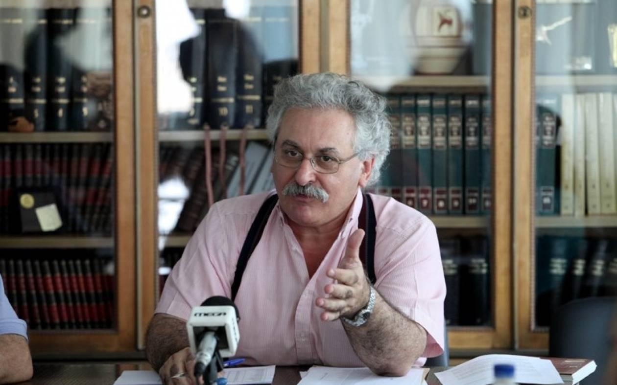 Παραίτηση υπέβαλε ο πρόεδρος της ΟΛΜΕ Θέμης Κοτσιφάκης