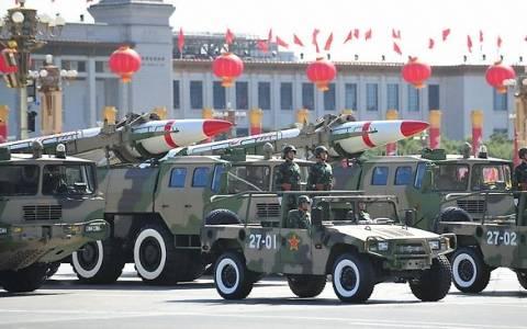 Η Κίνα αυξάνει τις αμυντικές της δαπάνες