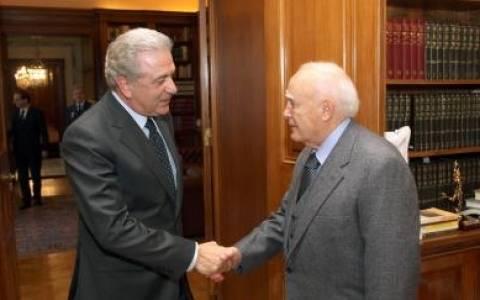 Αύριο ο Αβραμόπουλος στο Προεδρικό Μέγαρο