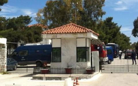 Ο Δήμος Κορίνθου ζητεί την κατάργηση του κέντρου κράτησης μεταναστών