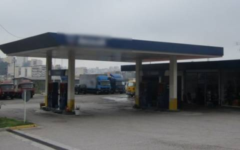 Τρίκαλα: Λουκέτο σε επτά βενζινάδικα