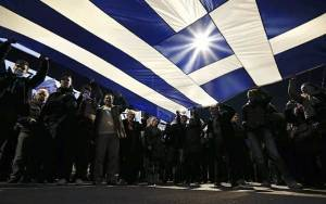 Telegraph: Η Ελλάδα τρέχει να καλύψει τις υποχρεώσεις της