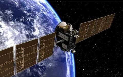 Διαστημικό σκάφος για πρώτη φορά σε τροχιά γύρω από νάνο πλανήτη