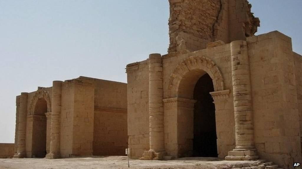 Ιράκ: Οι τζιχαντιστές κατέστρεψαν και την αρχαία πόλη Χάτρα (video+photos)