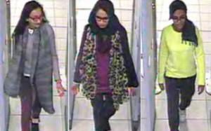 Την αστυνομία κατηγορούν οι συγγενείς των βρετανίδων που στρατολογήθηκαν από τον ΙΚ