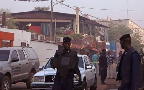 Ισλαμιστική οργάνωση ανέλαβε την ευθύνη για την επίθεση σε εστιατόριο του Μπαμακό