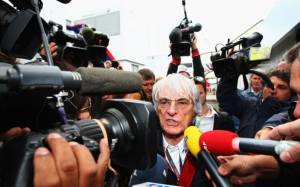 F1: Εξηγήσεις από τη FIA ζητά ο Ecclestone για το ατύχημα του Alonso