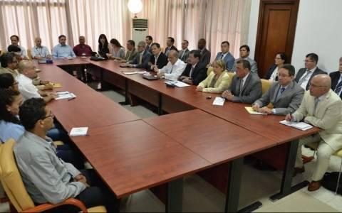 Κολομβία: Ιστορική συμφωνία μεταξύ της κυβέρνησης και των αναταρτών FARC