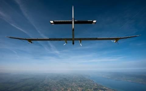 Αραβικά Εμιράτα: Απογειώθηκε το ηλιακό αεροπλάνο Solar Impulse 2 (video)