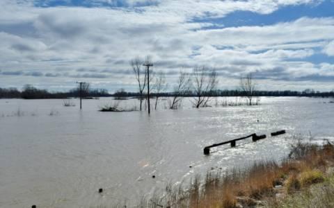 Έβρος: Σε επιφυλακή καθώς ανεβαίνει η στάθμη του νερού