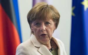 Μέρκελ:  Πολιτικός στόχος... η διατήρηση της Ελλάδας στην Ευρωζώνη