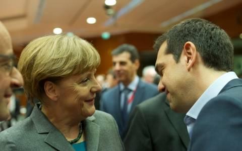Αυστηρή δασκάλα η Μέρκελ, μαθαίνει στην Ελλάδα... μεταρρυθμίσεις! (photo)