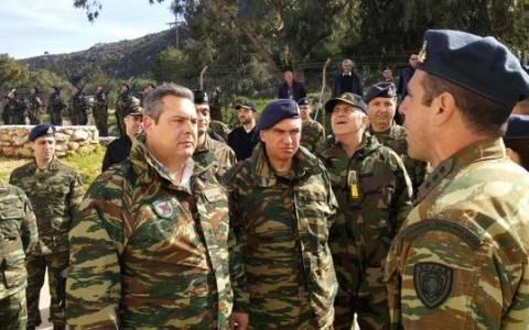Διοικητής Καστελλόριζου σε Καμμένο: Οι σημαίες δεν υποστέλλονται!