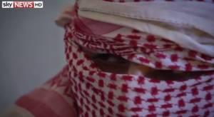 Πρώην μαχητής του ΙΚ: Είδα τον Τζιχάντι Τζον να εκτελεί τα θύματά του (video)