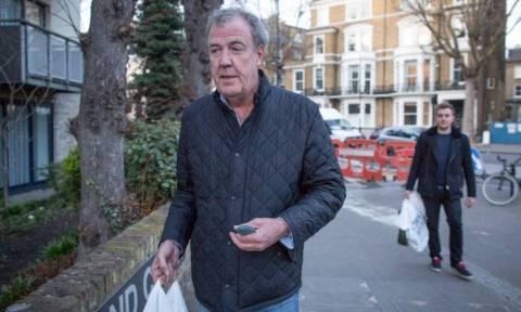Σάλος στο Top Gear: Παρουσιαστής γρονθοκόπησε το βοηθό παραγωγής