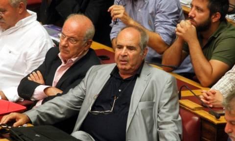 «Πότε θα εισπράξετε τα 250 εκατομμύρια ευρώ που χρωστάνε ΠΑΣΟΚ και ΝΔ;»