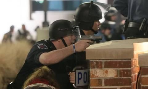 Βίντεο-ντοκουμέντο: Η στιγμή των πυροβολισμών κατά αστυνομικών στο Φέργκιουσον