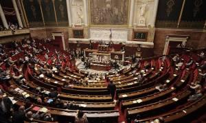 Γαλλία: Νομοσχέδιο επιτρέπει την καταστολή σε ετοιμοθάνατους με βαριές νόσους