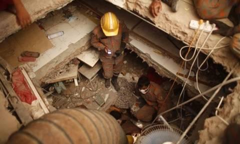 Μπαγκλαντές: Κατέρρευσε κτήριο εργοστασίου - Φόβοι για 100 εγκλωβισμένους