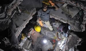Μπαγκλαντές: 4 νεκροί έπειτα από κατάρρευση εργοστασίου - Δεκάδες εγκλωβισμένοι