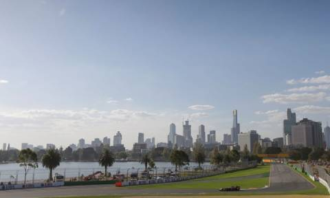 F1 Αυστραλία : Η αυλαία του 2015 ανοίγει (photos & video)
