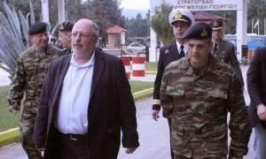O Αναπληρωτής Υπουργός Εθνικής Άμυνας στην Αυλώνα (pics)