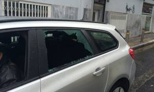Κατάληψη Νομικής: Αντιεξουσιαστές επιτέθηκαν σε τηλεοπτικό συνεργείο