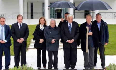 Στον τάφο του Κ.Καραμανλή ο Π.Παυλόπουλος