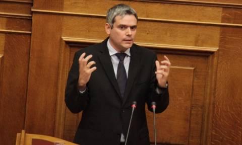 ΝΔ: Επίθεση στην κυβέρνηση για δημοψήφισμα και φυλακές υψίστης ασφαλείας