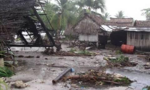 Βανουάτου: Φόβοι για δεκάδες θύματα από το πέρασμα του κυκλώνα Παμ (photos&vid)