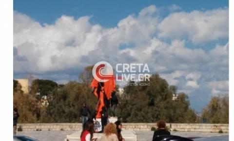 Ηράκλειο: Άγνωστοι βεβήλωσαν το άγαλμα του Ελ. Βενιζέλου