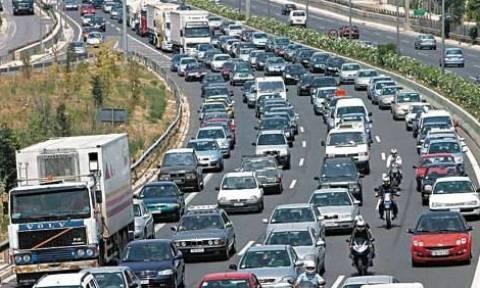 Τροχαίο ατύχημα στην έξοδο της Μεταμόρφωσης