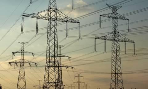 Υπ. Περιβάλλοντος: Το ΦΕΚ για την αύξηση του ρεύματος είχε κρατηθεί σκοπίμως κρυφό