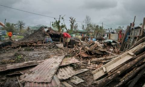 Βανουάτου: Τα πάντα πρέπει να ανοικοδομηθούν