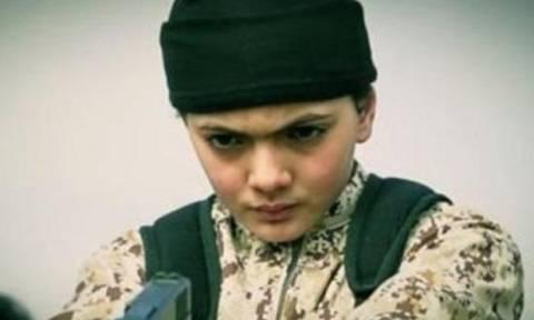Τα «σχολεία» των τζιχαντιστών για τα «Κουτάβια του Χαλιφάτου»