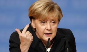 Μέρκελ: Ανοιχτό το ενδεχόμενο επιβολής νέων κυρώσεων στη Μόσχα