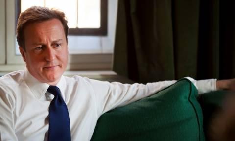 Βρετανία: Αύξηση στον κατώτατο μισθό ανακοίνωσε ο Κάμερον