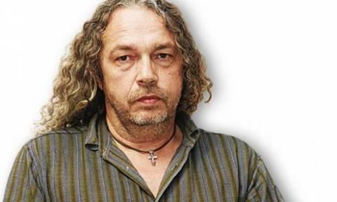 Πέθανε ο ραδιοφωνικός παραγωγός και μουσικός Βαγγέλης Βέκιος